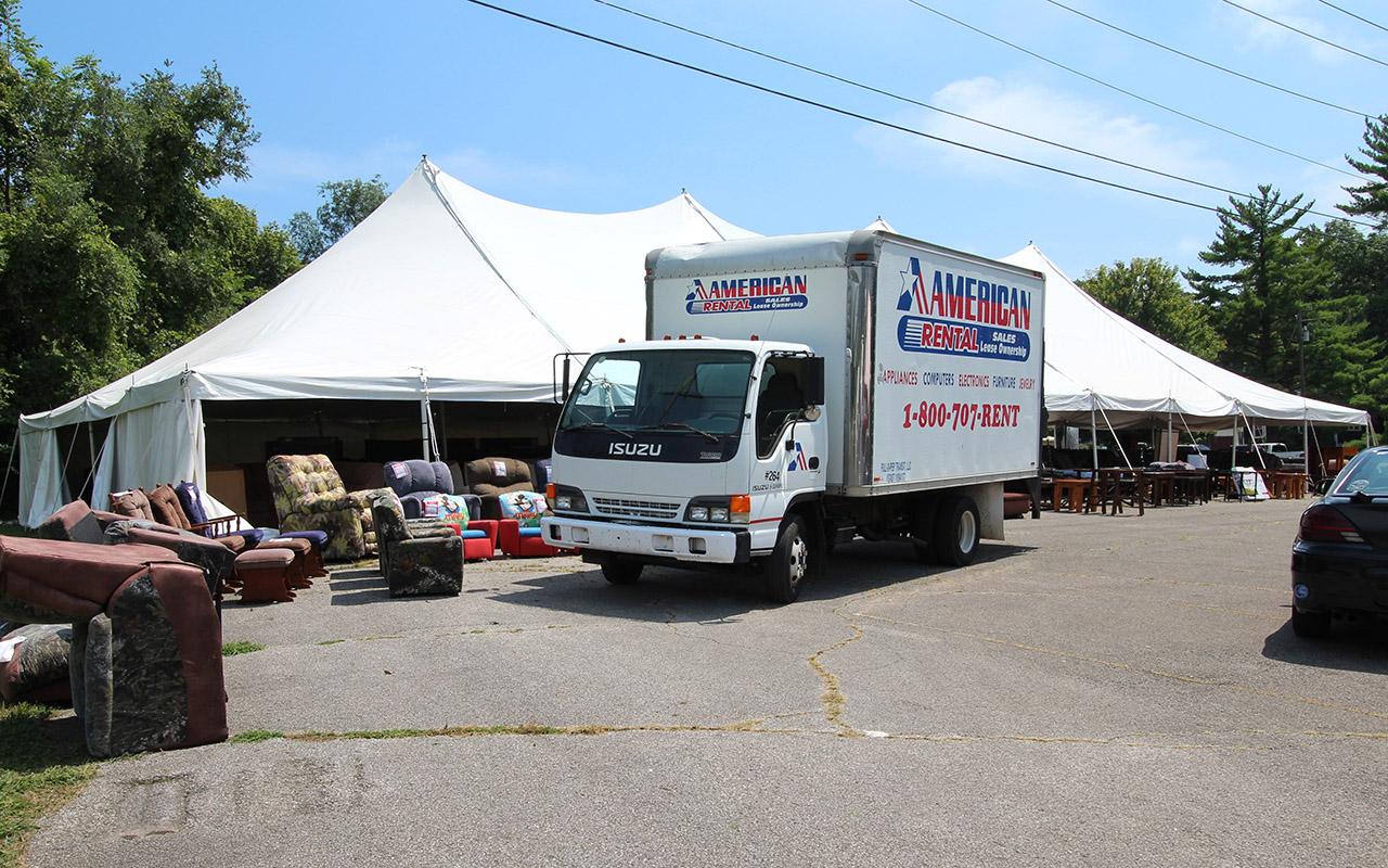 Bloomington Equipment Rental - Perfect Parties Tents & Events 1